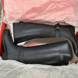 NIB Hunter Blk adjustable studded tall boots